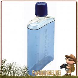 Flasque Nalgene Hip Flask est on ne peut plus légère pour une petite gourde de randonnée pour transporter votre eau