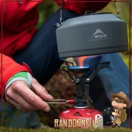 Pour seulement 83 g, réchaud Pocket Rocket Deluxe MSR avec pare-vent WindClip, piezo et régulateur de pression intégrés